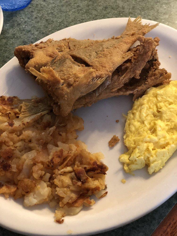 Pancakes N Things: 4408 Indian River Rd, Chesapeake, VA
