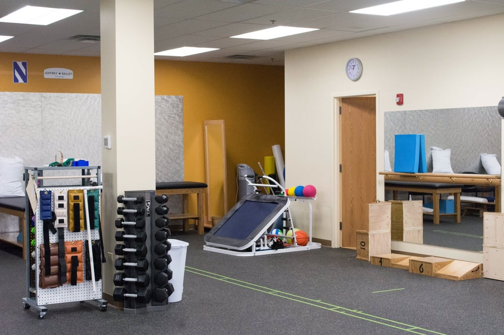 Athletico Physical Therapy - Bartlett: 770 W Bartlett Rd, Bartlett, IL