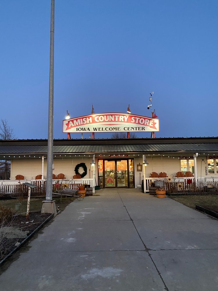 Amish Country Store & Maid Rite Diner: 109 S Spruce Dr, Lamoni, IA