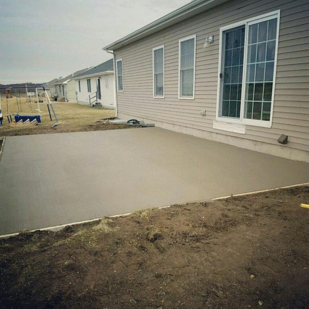 Prescott's Concrete and Landscaping: 15462 Lewis Rd, Dubuque, IA