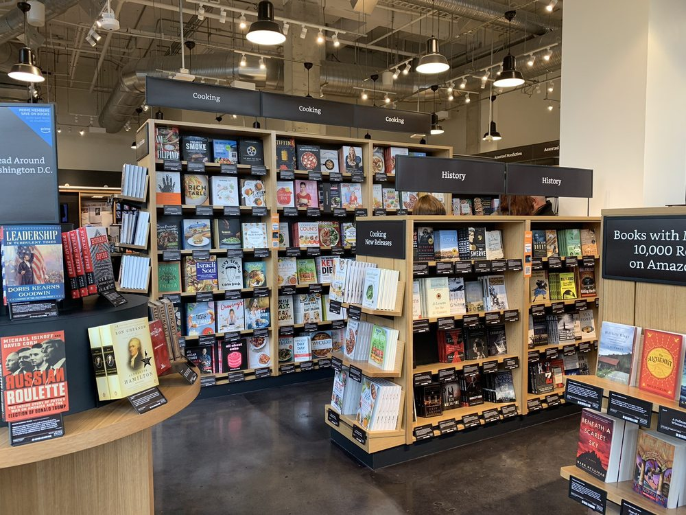 Amazon Books: 7117 Arlington Rd, Bethesda, MD