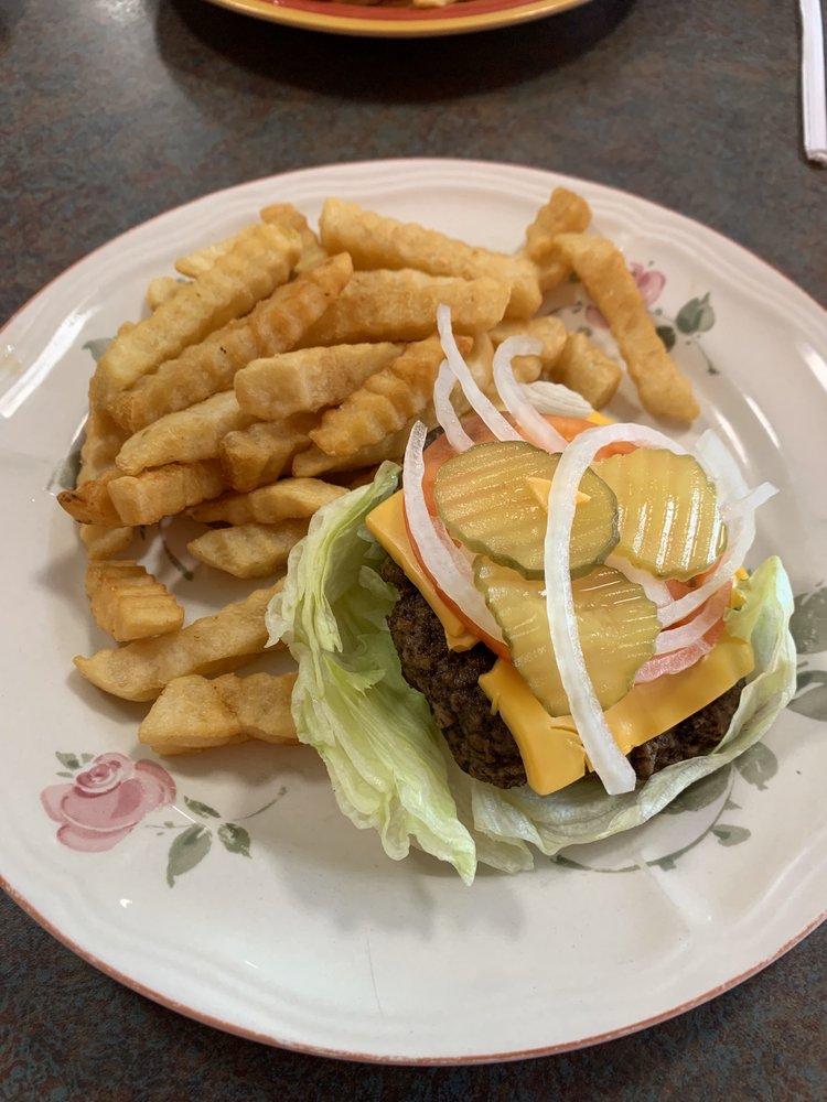 Yvette's CountrySide Cafe: 1521 Hwy 31 W, Goodlettsville, TN