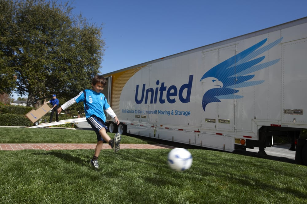 Christofferson Moving & Storage: 2422 Springbrook Court, Beloit, WI