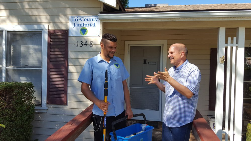 Tri-County Janitorial: 1348 Lincoln St, Kingsburg, CA