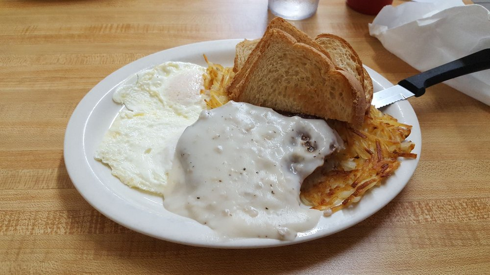 Country Cookin'cafe: 111 S 8th St, Beatrice, NE