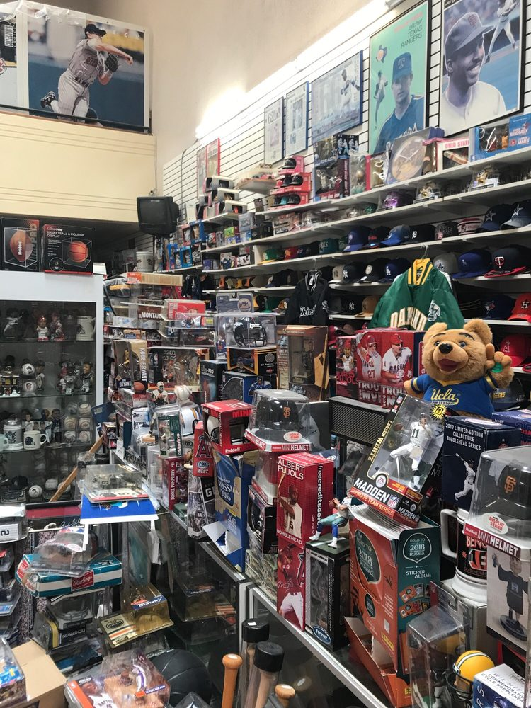 Centre City Sports Collectibles: 1027 6th Ave, San Diego, CA