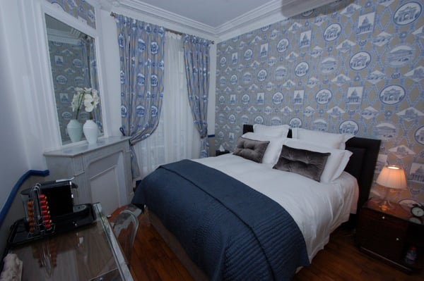 La chambre parisienne bed breakfast 8 rue du delta - Numero de telephone de la chambre des commerces ...
