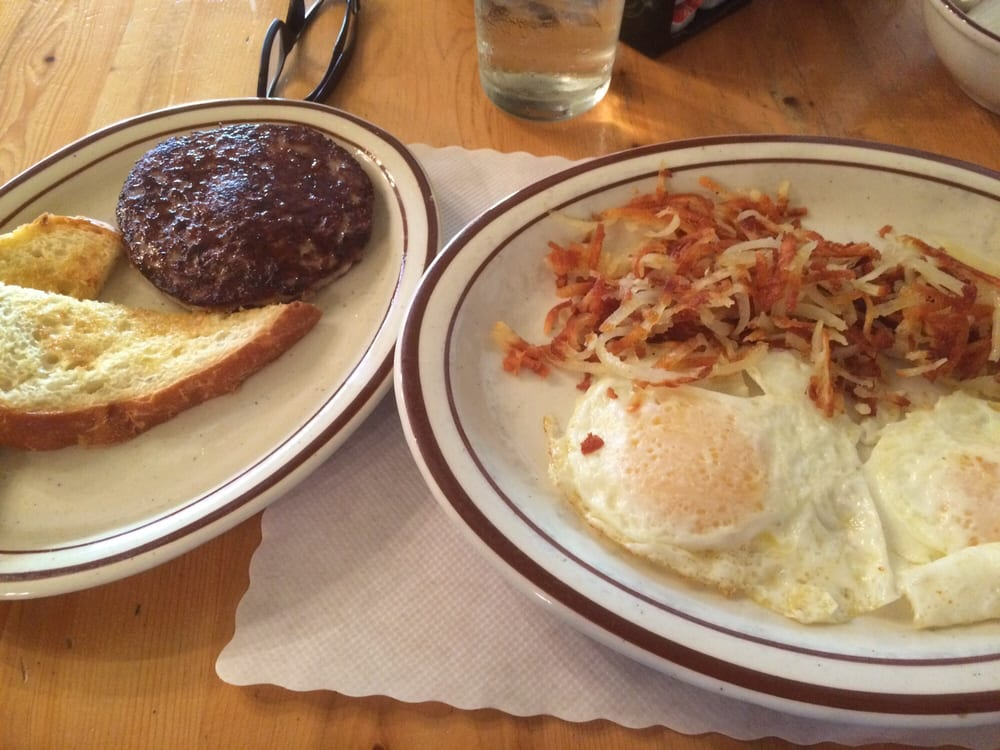 Red Lodge Cafe & Lounge: 16 S Broadway Ave, Red Lodge, MT