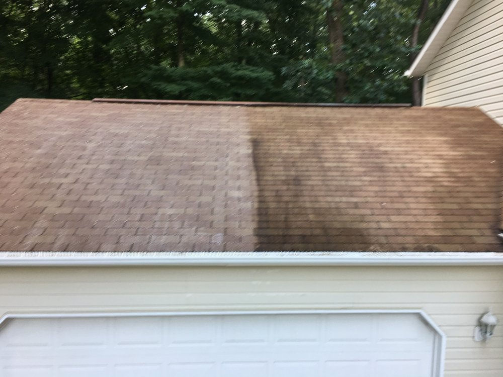 Tri County Roof Cleaners: 2930 Crown Pointe Dr, Stow, OH