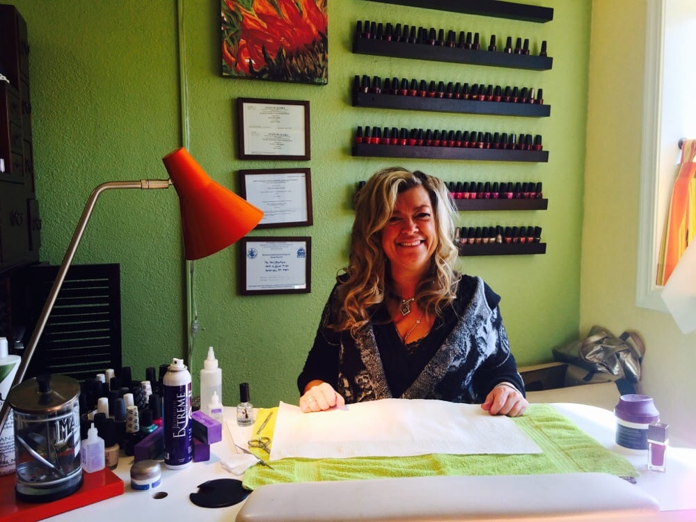 Nail boutique nail salons 635 w 14th ave anchorage for 14th avenue salon