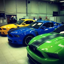 photo de lewis ford sales fayetteville ar tats unis showroom. Cars Review. Best American Auto & Cars Review