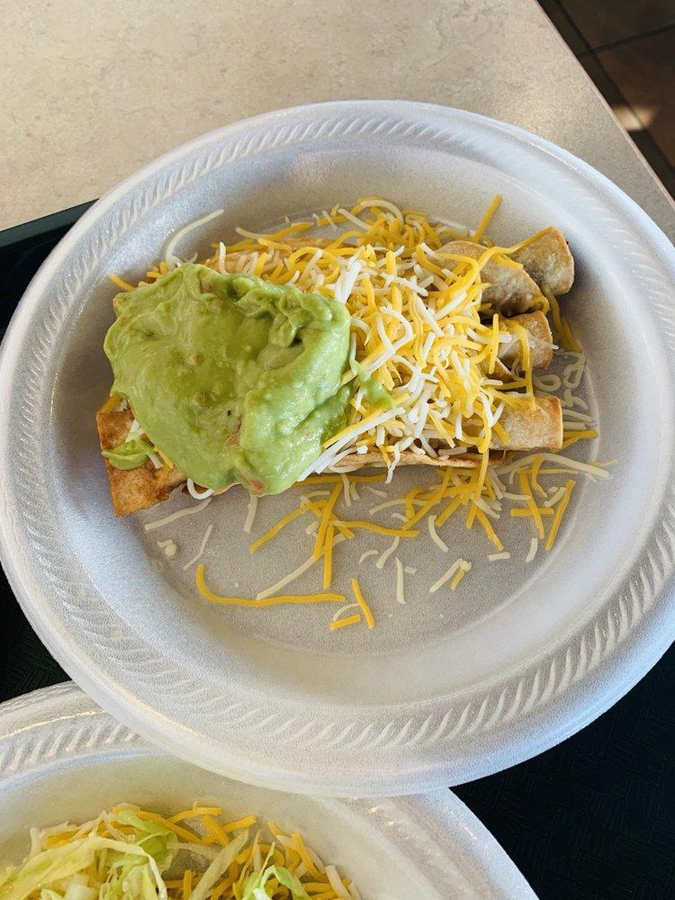 El Gordo Mexican: 11333 E Central Ave, Wichita, KS