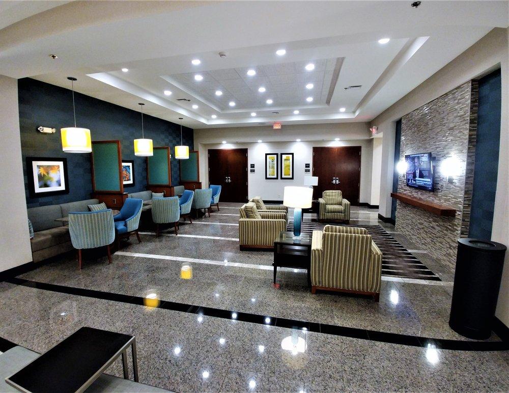 Drury Inn & Suites: 1767 Glidewell Dr, Burlington, NC
