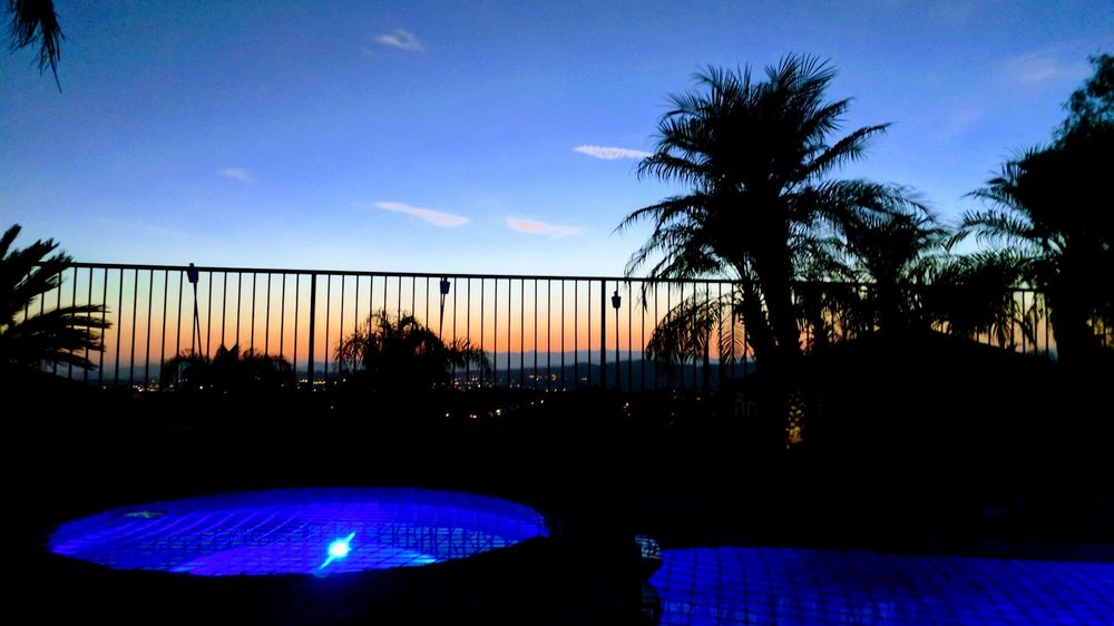 Thomas Pools: 29441 The Old Rd, Castaic, CA