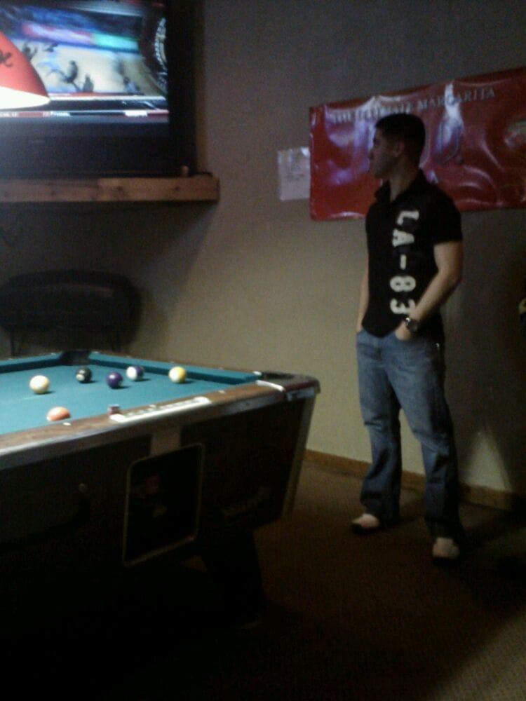 OutSkirtz Bar and Grill: 10919 E Harry St, Wichita, KS