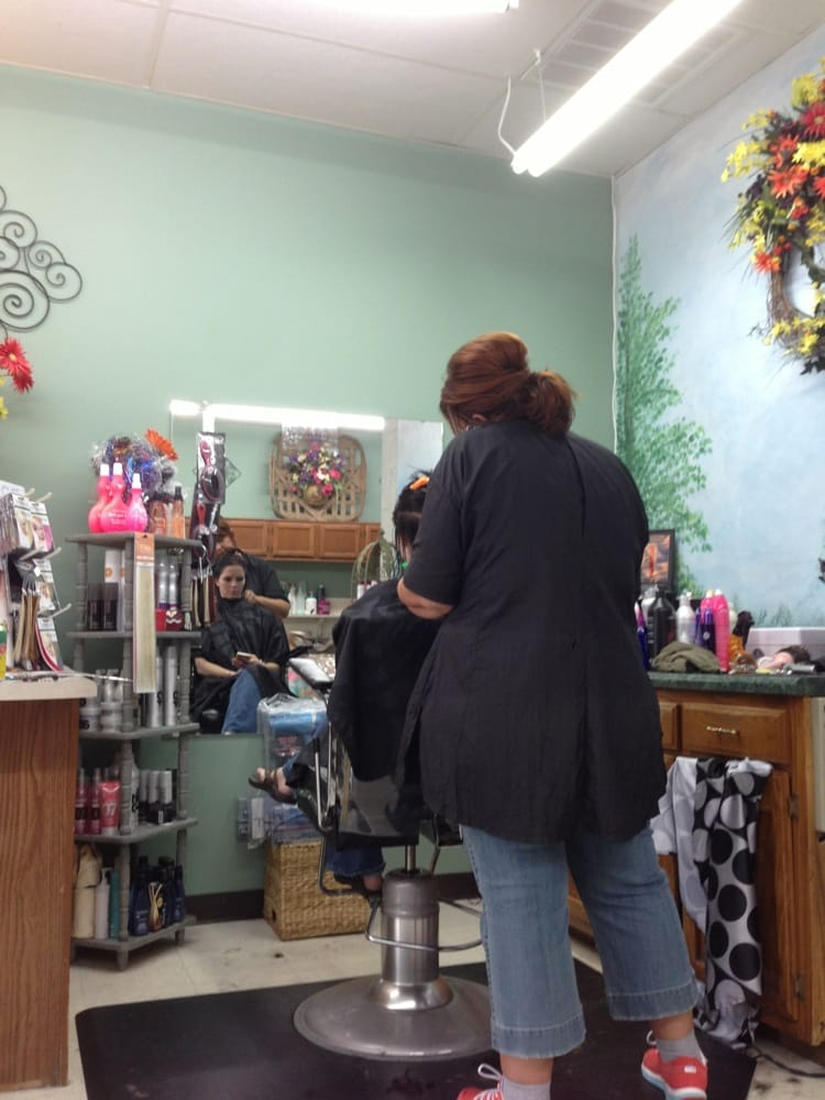 Hair Force: 2582 Ingleside Ave, Athens, TN