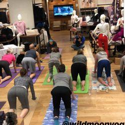 9ce787ac1e Athleta - 11 Reviews - Women's Clothing - 50 S Main St, Downtown ...