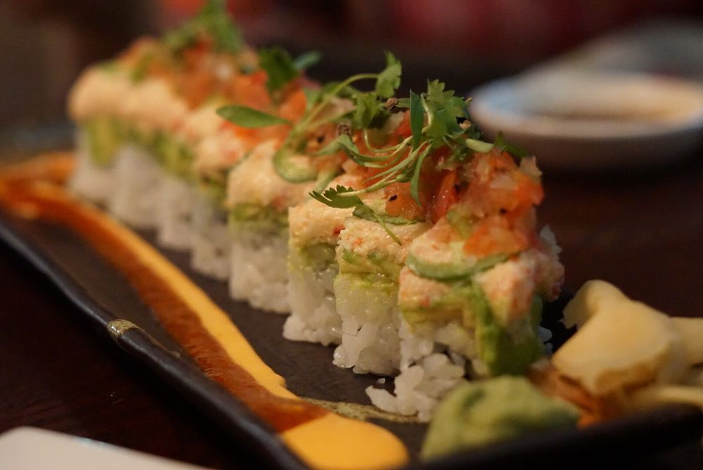 Seito Sushi: 8031 Turkey Lake Rd, Orlando, FL