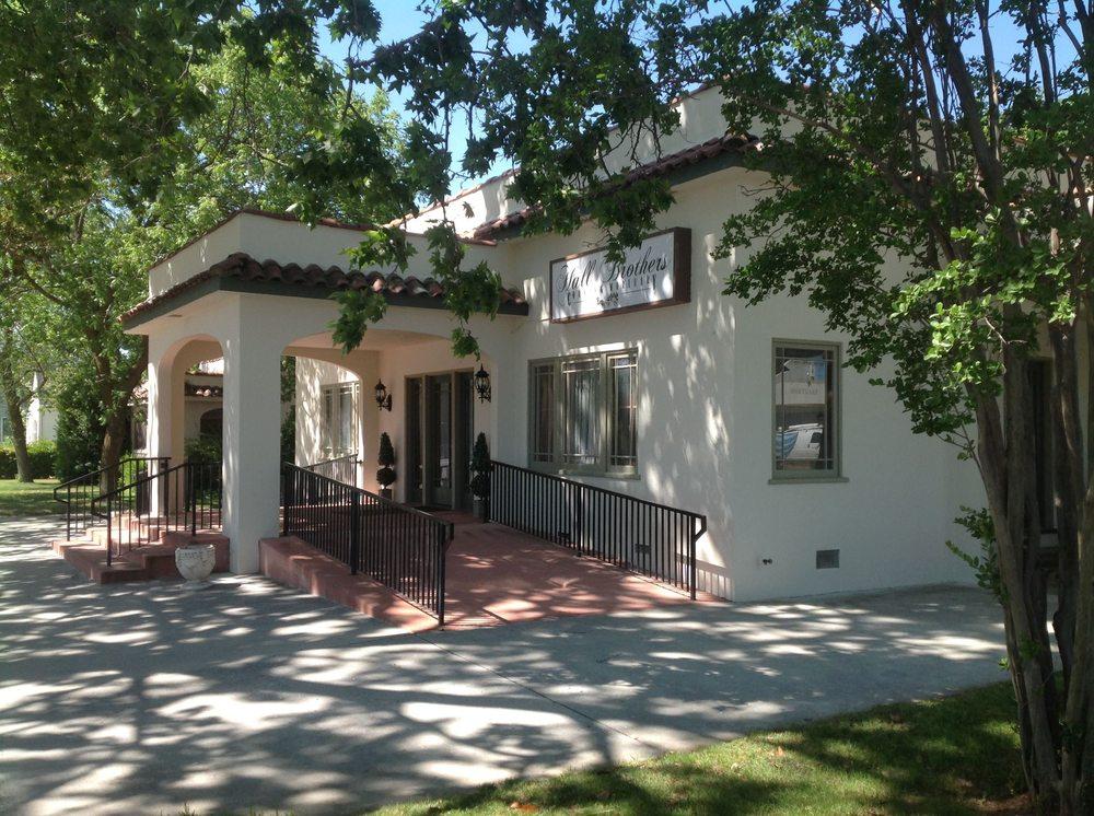 Hall Brothers Corning Mortuary: 902 5th St, Corning, CA