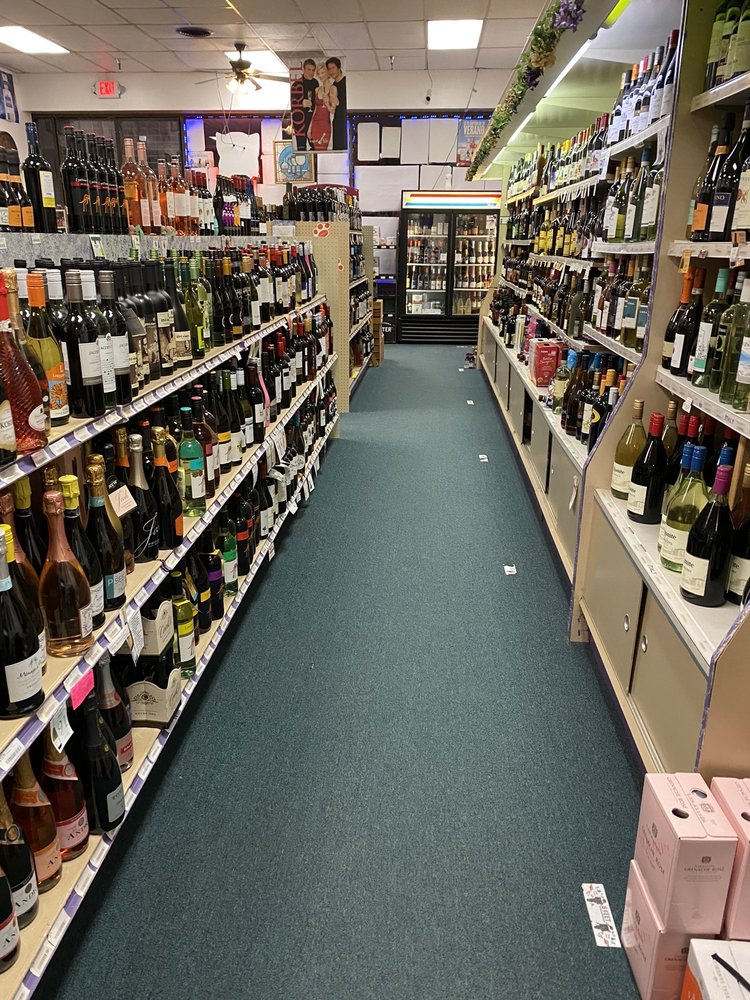 Butterfly Liquors: 2265 Downer St, Baldwinsville, NY