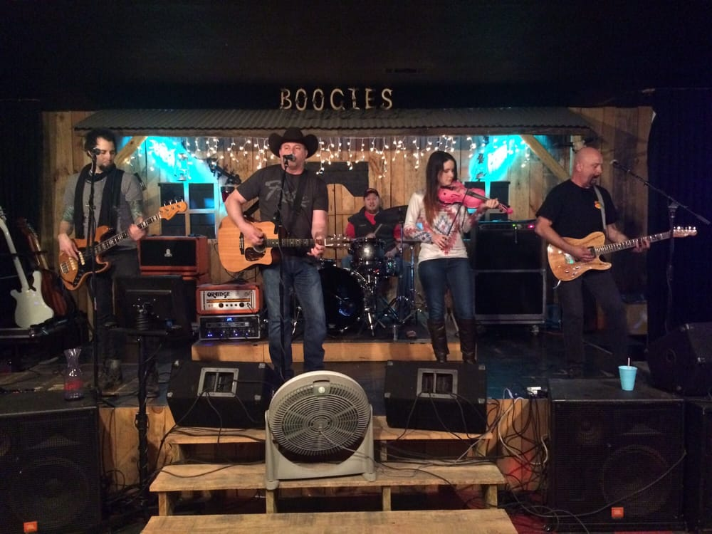 Boogies Bar & Grill: 1010 E Grand Ave, Hot Springs, AR