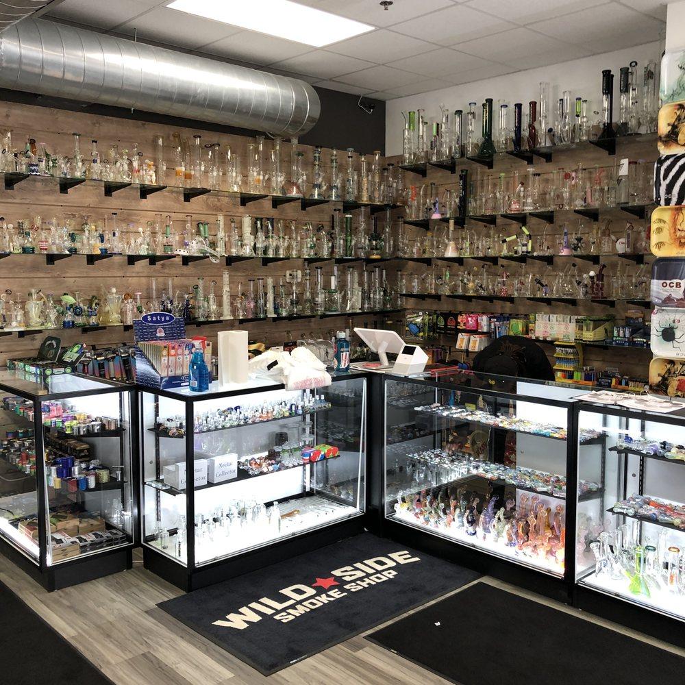 Wild Side Smoke Shop: 604 S Neil St, Champaign, IL