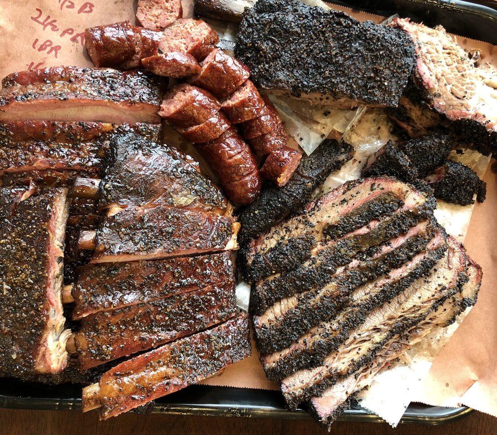 1701 BBQ: 1701 Calder Ave, Beaumont, TX
