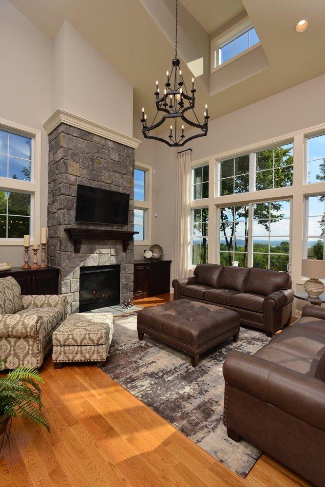 Dunk & Bright Furniture: 2648 S Salina St, Syracuse, NY