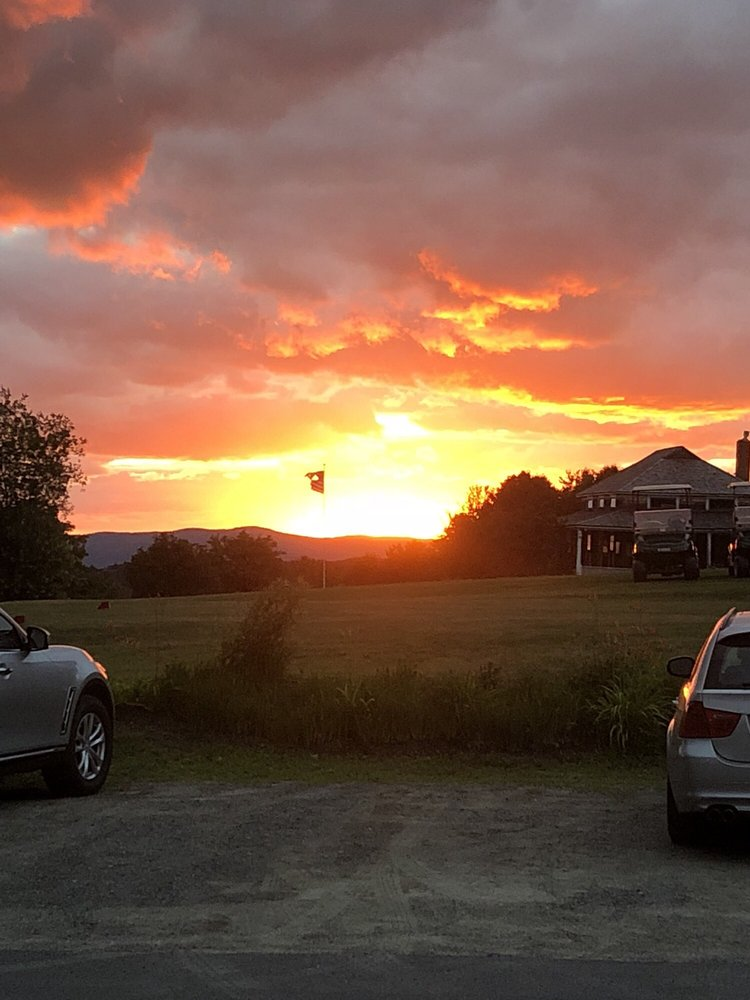 The Victorian on Sunset Hill: 122 Sunset Hill Rd, Sugar Hill, NH