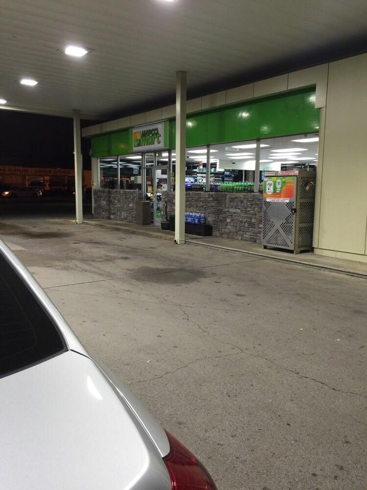 Bp Oil: 1320 Memorial Blvd, Murfreesboro, TN