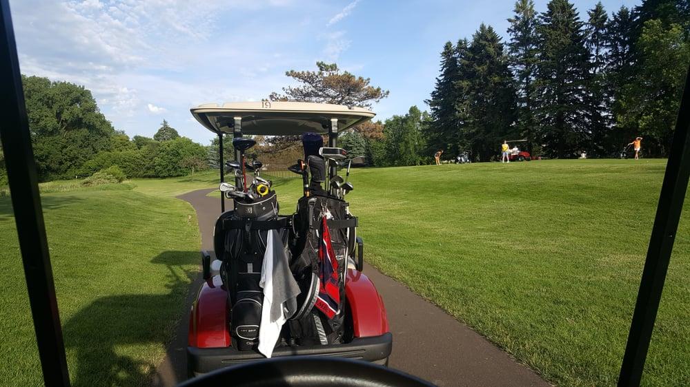 Gem Lake Hills Public Golf Course: 4039 Scheuneman Rd, Saint Paul, MN