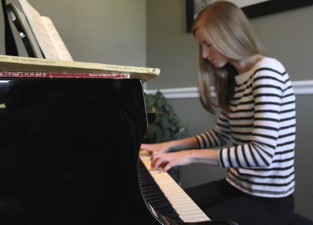Nikki s piano studio strumenti musicali e insegnanti for Piano di studio