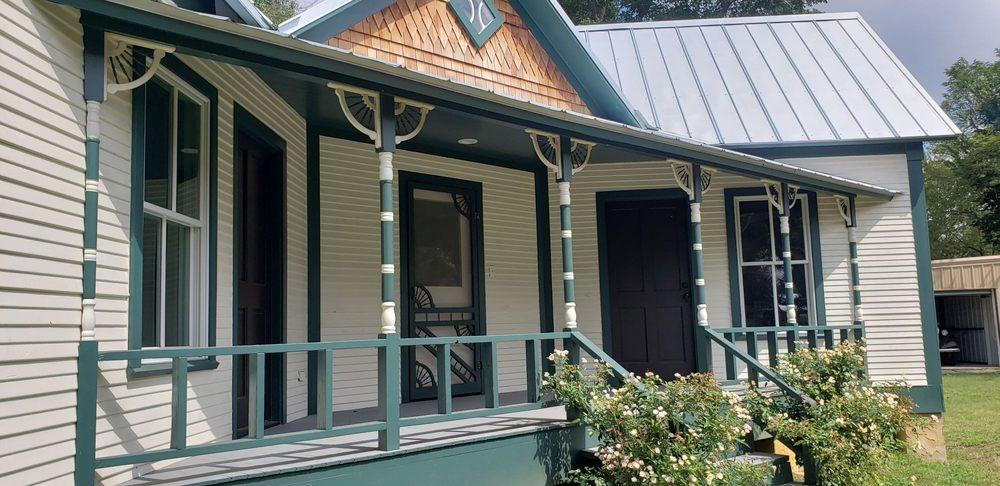 Freestone County Historical Museum: 302 East Main St, Fairfield, TX