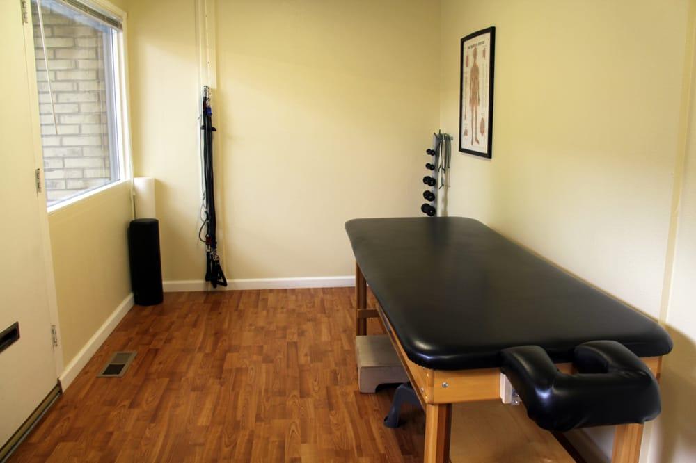 Back and Neck Pain Centers: 14862 SE Lake Hills Blvd, Bellevue, WA