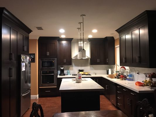 Wall to Wall Cabinets & Trim - Contractors - 2229 Stewart St ...