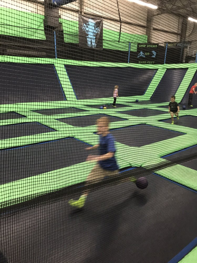 Photo of SkyMax Trampoline Arena: North Canton, OH