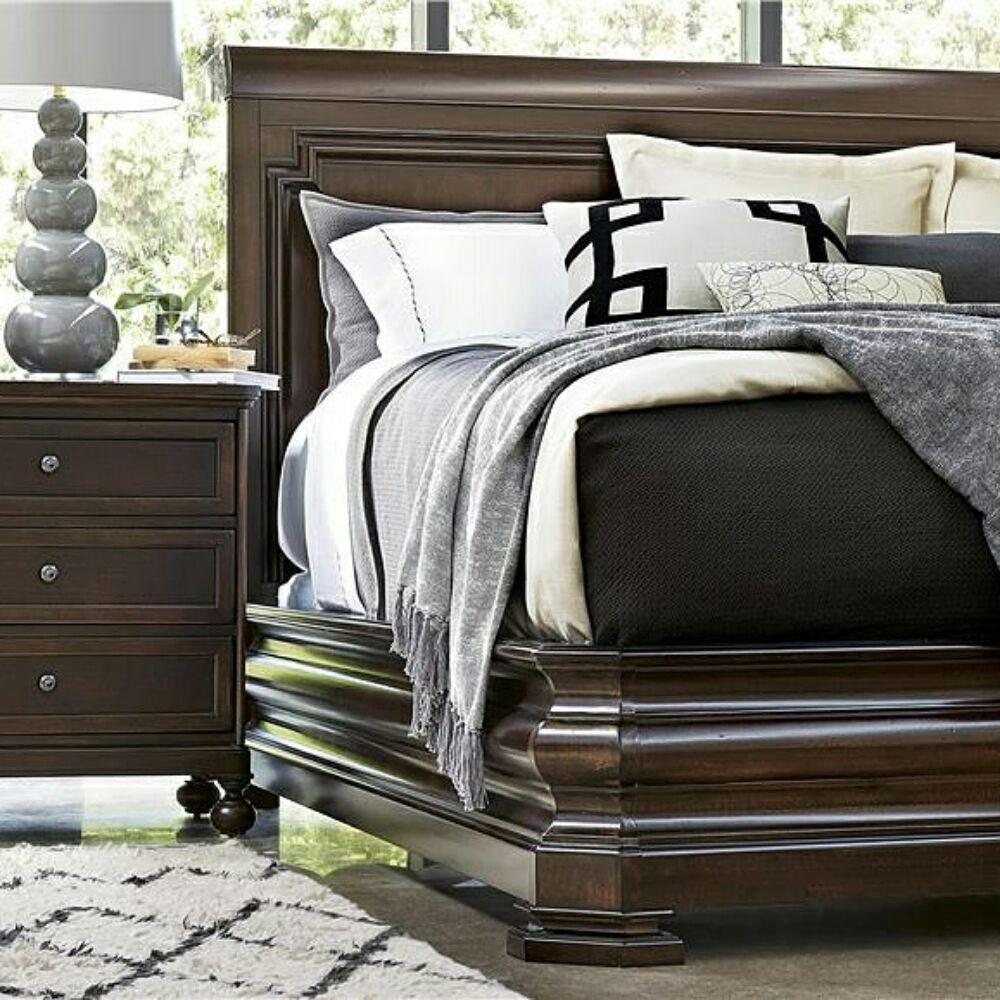 Nehlig's Furniture: 204 N White Horse Pike, Stratford, NJ