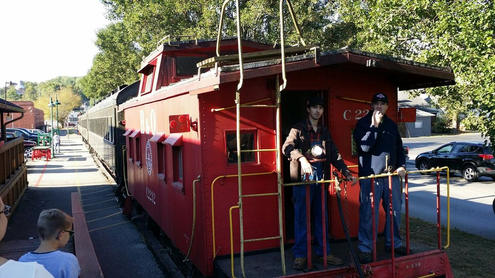 Whitewater Valley Railroad: 455 Market St, Connersville, IN