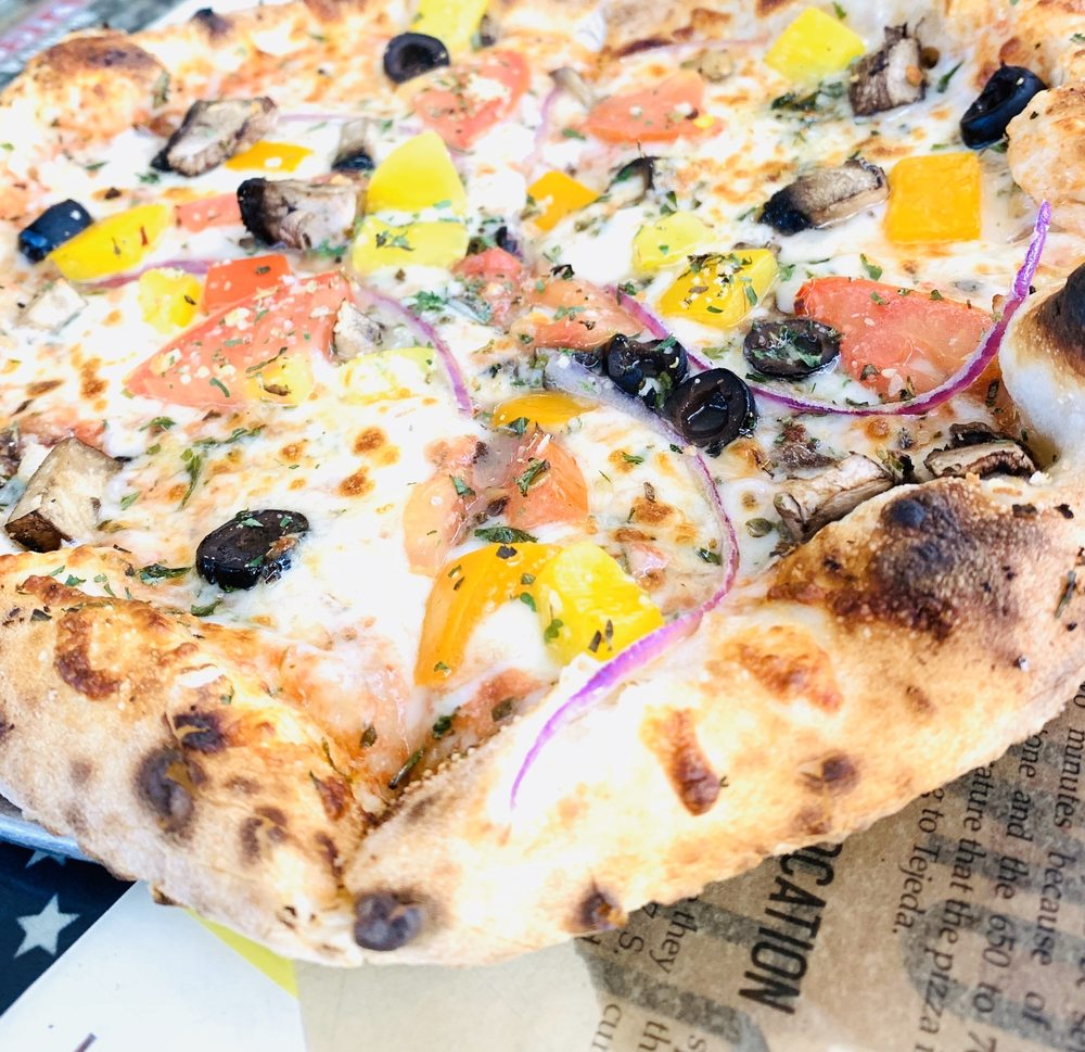 Nonna Picci Woodfired Pizza: 807 S Main St, Statesboro, GA