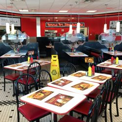 Steak n shake 24 fotos 56 beitr ge diner 7510 w for Steak n shake dining room hours