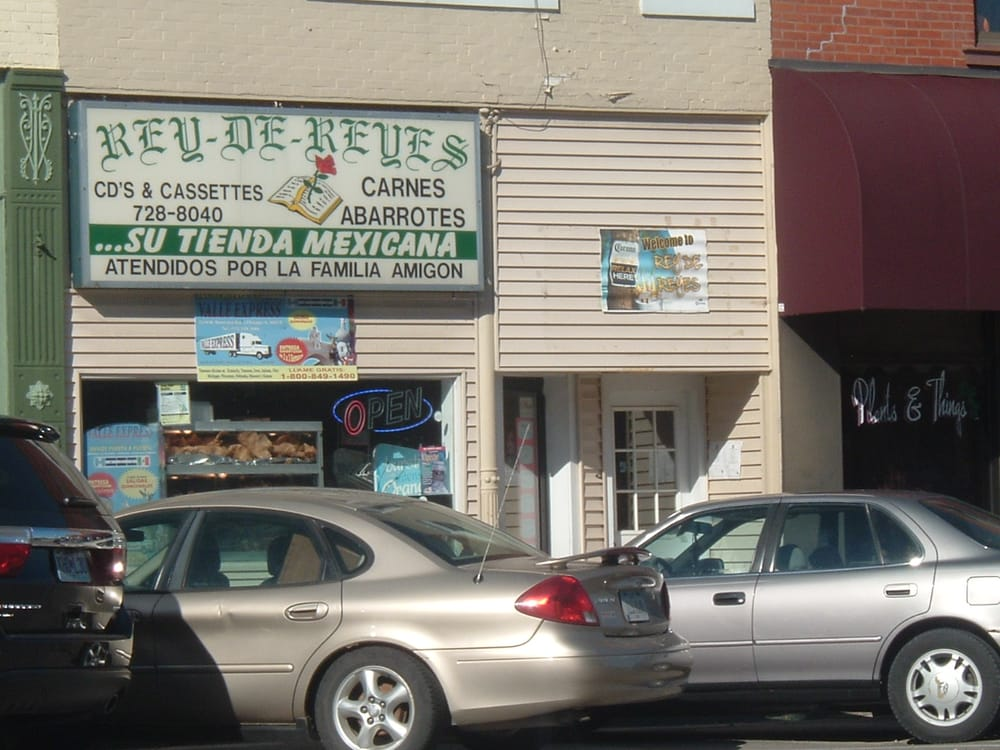 Rey De Reyes: 210 Main St, Columbus Junction, IA