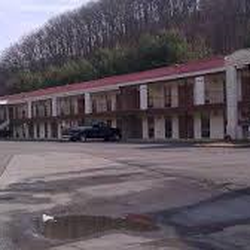 Photo Of American Inn Bristol Tn United States This Is A Long