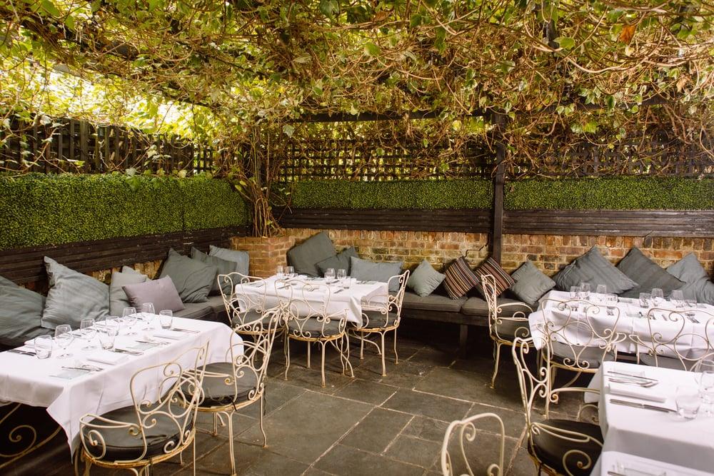 Odette s 27 photos 20 reviews british 130 regents for Odette s restaurant month
