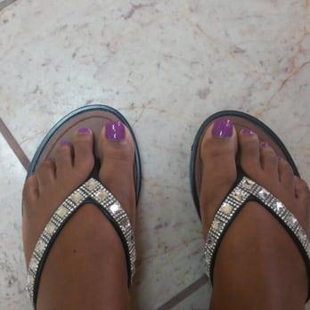 oakley nails