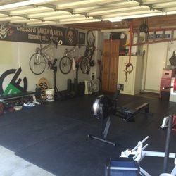 Garage gym home garage gym flooring dream garage gym reviews