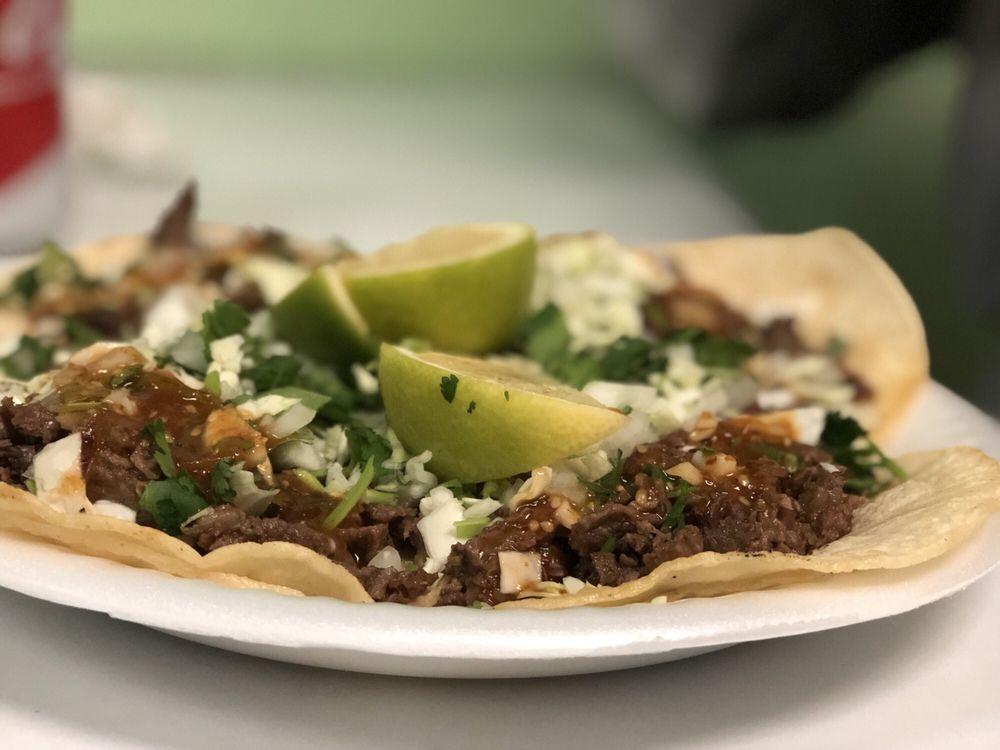 Tacos Y Tortas Chalio's 2: 836 Skyline Blvd, Avenal, CA