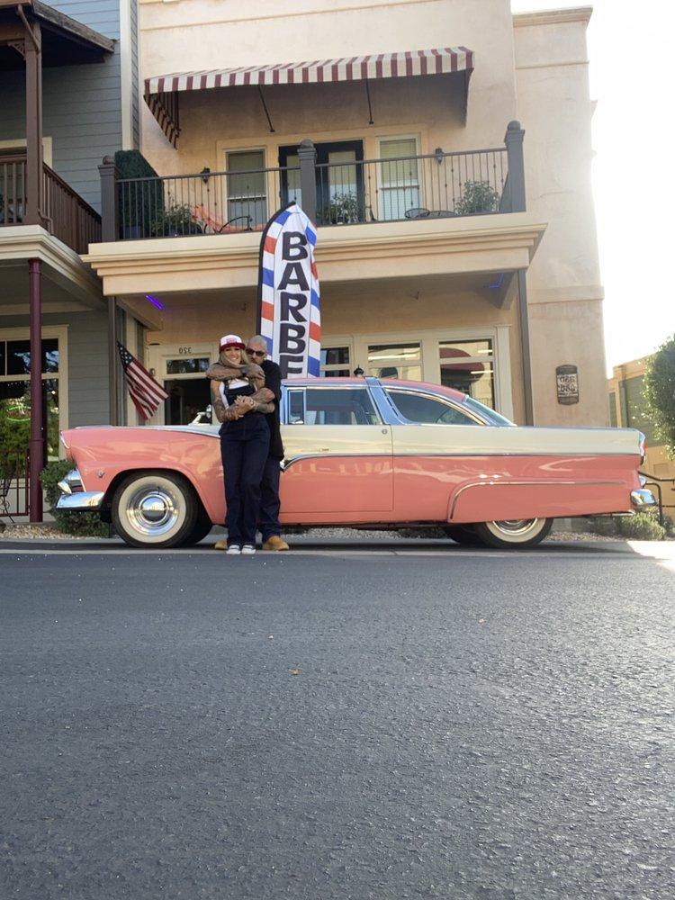 Classic's Barbershop: 320 Town Square Rd, Copperopolis, CA
