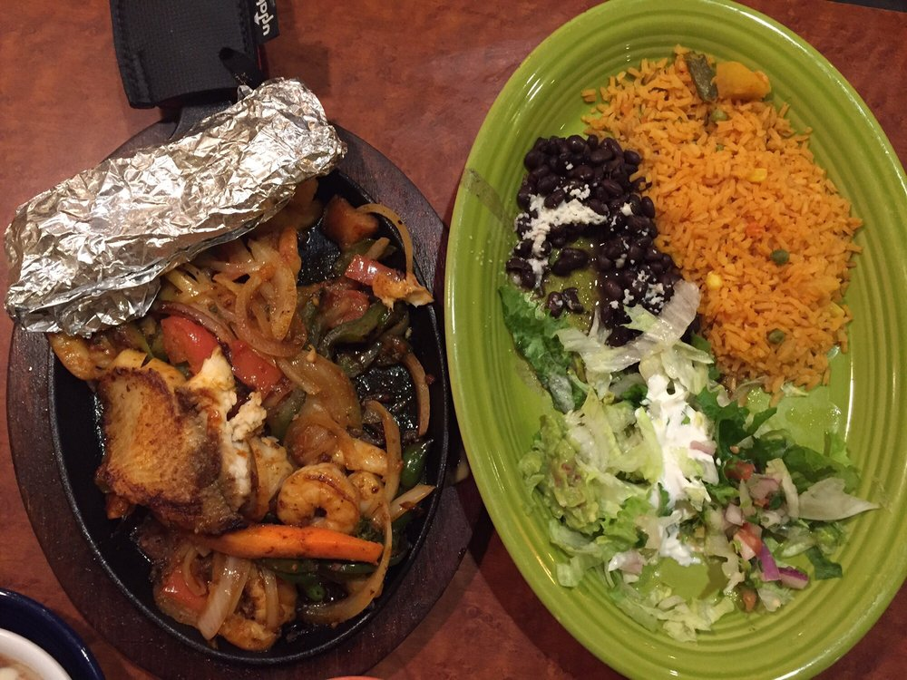 Don Juan Mexican Bar&Grill: 919 Blue Ridge Ave, Bedford, VA