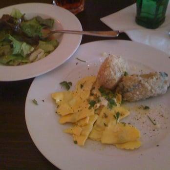 Cucina Al Centro - 12 Fotos & 22 Beiträge - Italienisch - Hintere ...