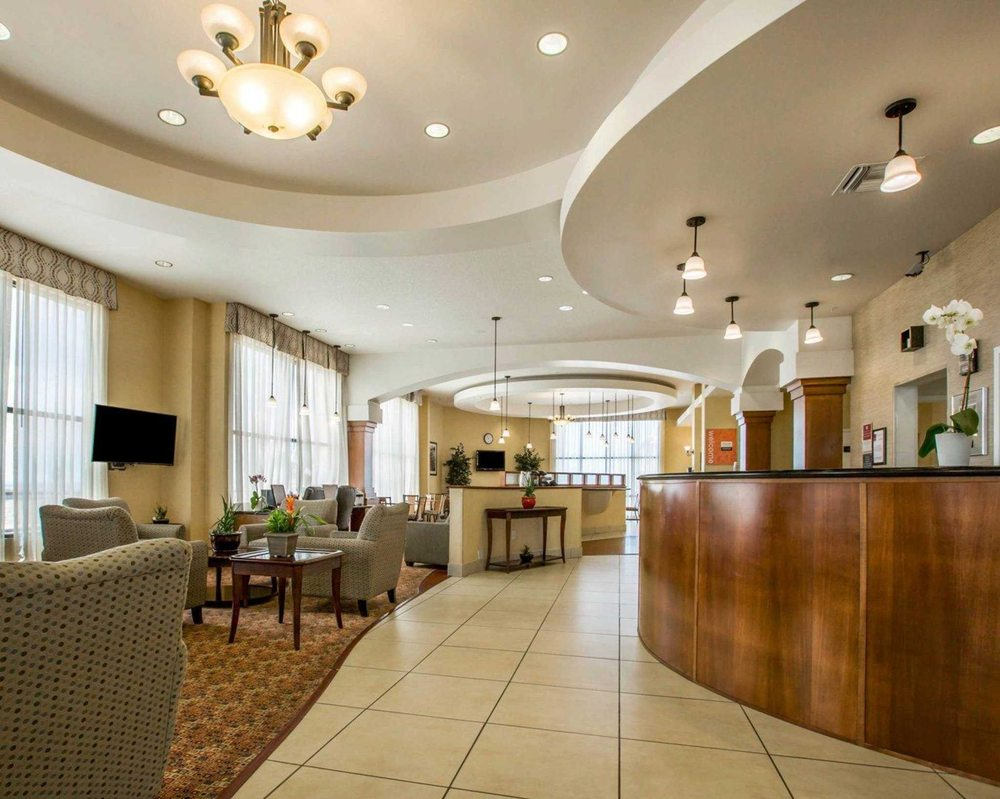 Comfort Suites: 2571 Fisher Blvd, Barstow, CA